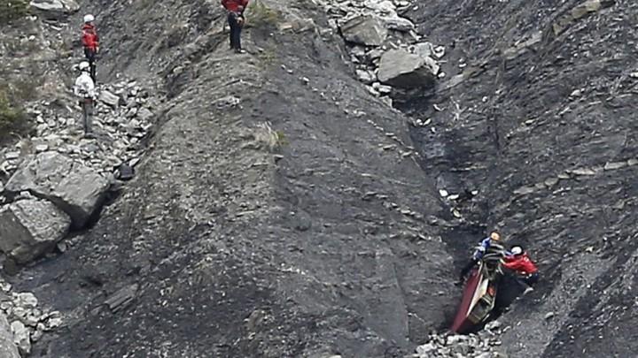 """Fiscal: copiloto de Germanwings quiso """"destruir"""" el avión"""