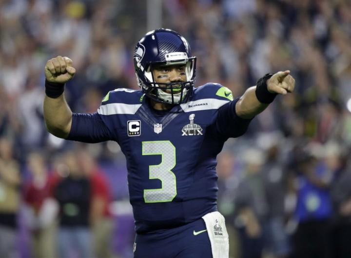 Seahawks renuevan contrato de Wilson por 4 años